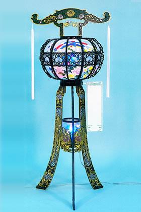 回り灯籠(黒)のイメージ